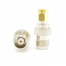 TNC(F) to SMA(M) 50ohm ADAPTOR